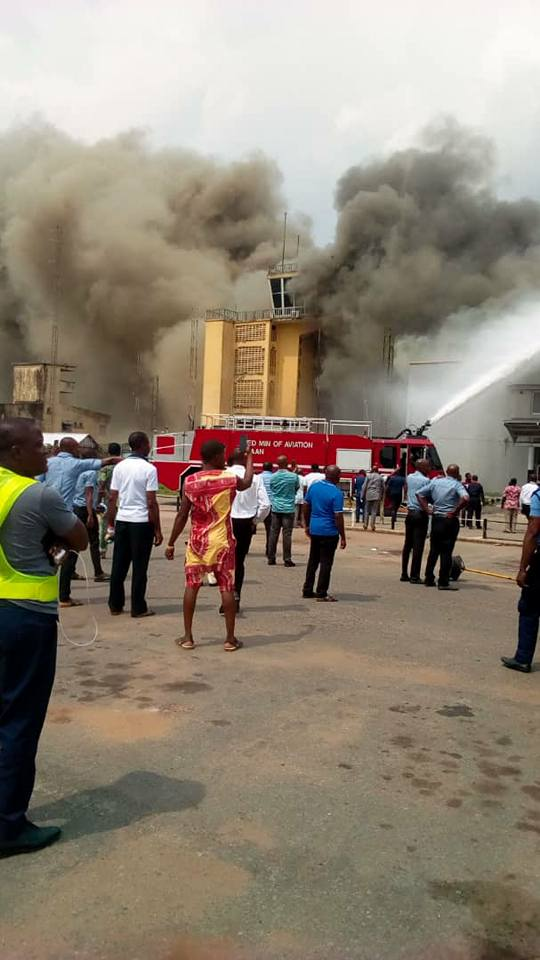 BREAKING NEWS: MASSIVE FIRE OUTBREAK IN OWERRI AIRPORT  – Asportsupdate